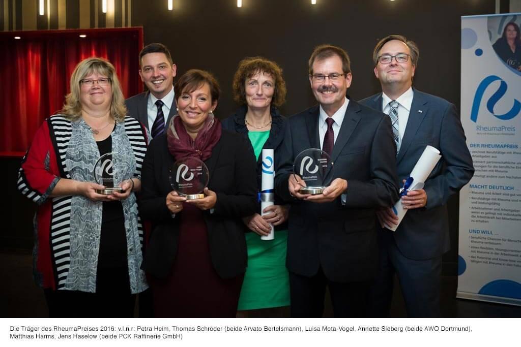 Gruppenbild der Träger des Rheumapreises 2016