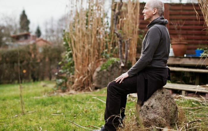 Bernd Michael Teichmann kehrt nach seiner aktiven Zeit als Tänzer mit der Diagnose Parkinson zurück in seine Kunst